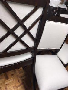 assises et dossiers de chaises